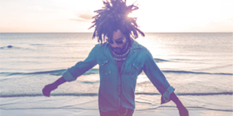 "Lenny Kravitz lanza su nuevo single ""It's Enough"""