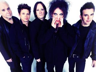 The Cure comparten vídeo en directo para Disintegration