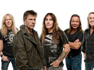 Iron Maiden en concierto en Barcelona